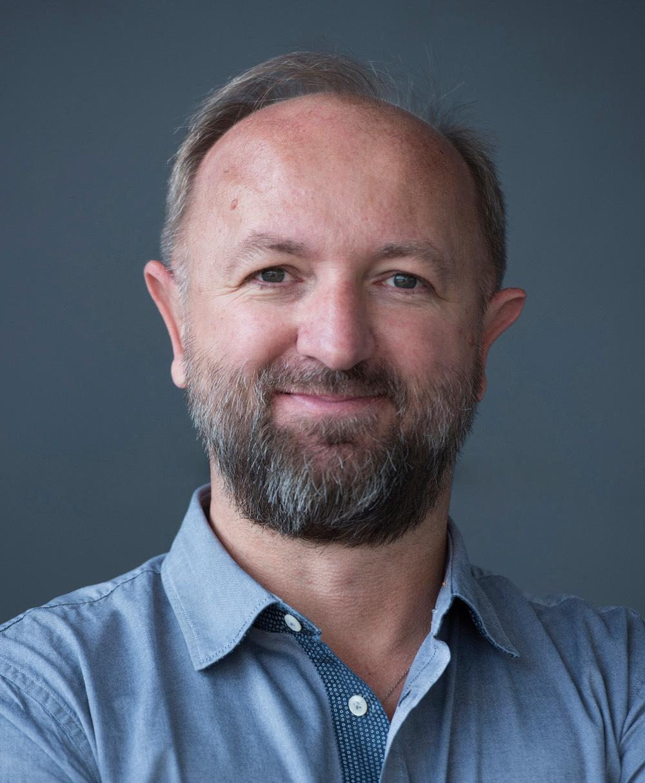 Dr. Martin Sturmer